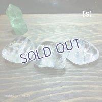 水晶タンブル(レインボー入り)【Sサイズ】18〜20g