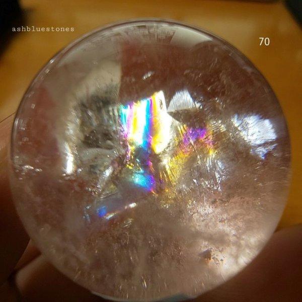 画像2: 【約35.7mm】レインボー水晶 スフィア 62.4g【70】